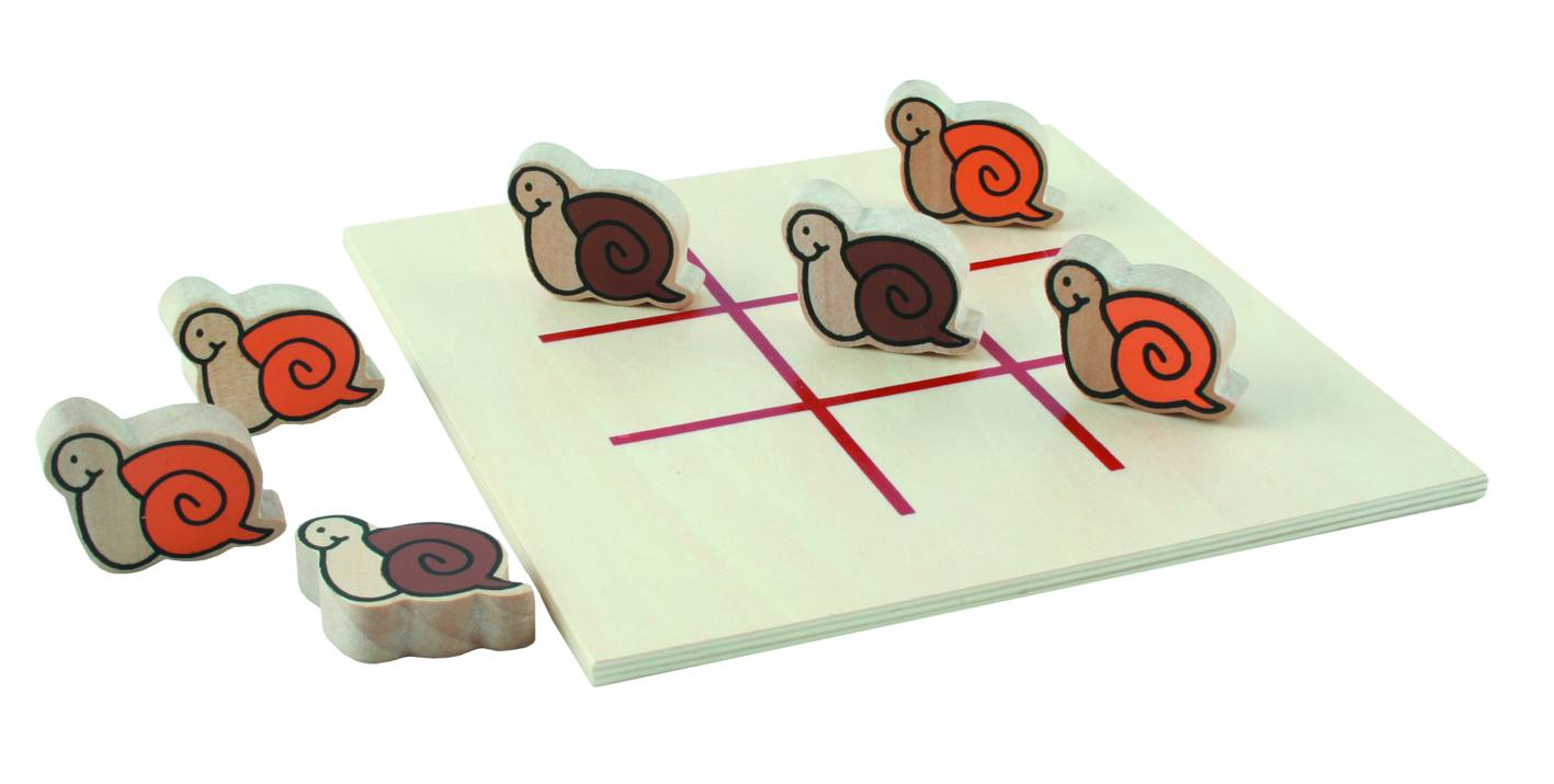snail tic-tac-toe / noughts and crosses